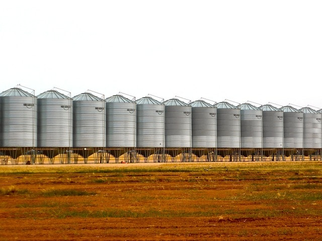 Commercial Grain Bins in South Dakota